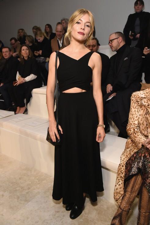 Người mẫu/ diễn viên Sienna Miller tại show diễn Ralph Lauren