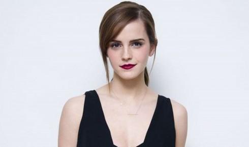 Cô được sự yêu mến bởi vẻ đẹp sắc sảo và thành tích học tập xuất sắc