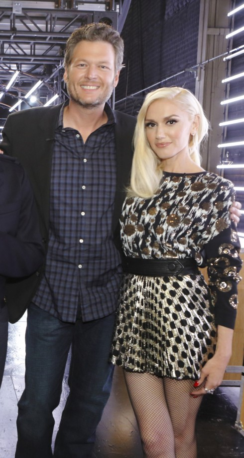 Gwen Stefani và Blake Shelton gặp nhau khi cùng là giám khảo The Voice và bắt đầu hẹn hò từ tháng 11 năm ngoái