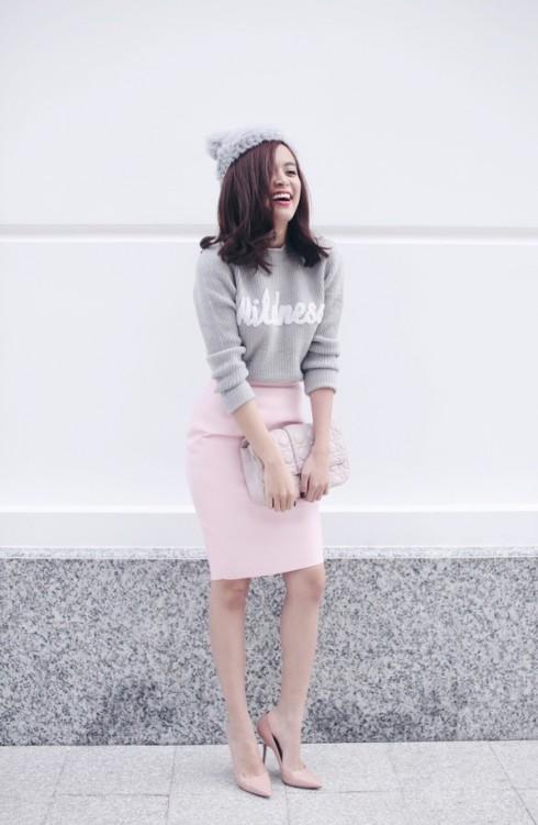 Ngoài đời thường Hoàng Thùy Linh vẫn là một cô gái năng động, trẻ trung