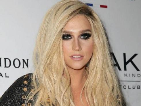 Kesha là chủ nhân của nhiều ca khúc hit như Tik Tok, Take If Off, Timber