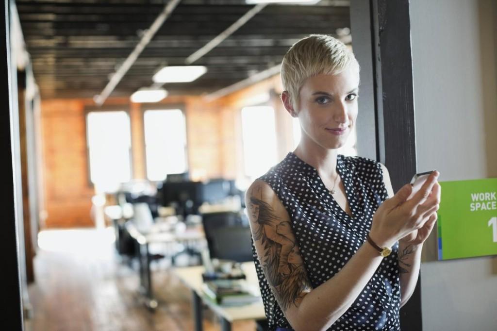"""Khi nói ra câu """"Việc này không liên quan đến tôi"""" đồng nghĩa bạn đang khiến mình trở thành một nhân viên thiếu tác phong trong công việc nhất."""