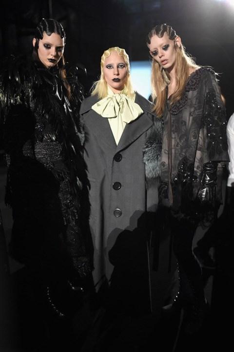 """BST Thu-Đông 2016 của Marc Jacobs là kết thúc """"có hậu"""" đầy ấn tượng cho tuần lễ thời trang được cho là nhàm chán và quá nhiều xáo động ở New York."""