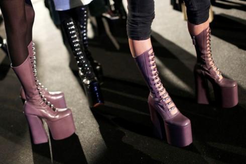 Những đôi giày hầm hố ấn tượng