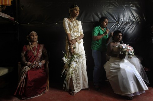 Những mẫu váy cưới đẹp từ khắp nơi trên thế giới