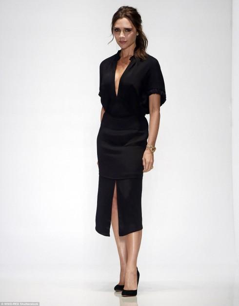 Victoria Beckham: Tôi không thể đi giày đế cao gót nữ nữ2a