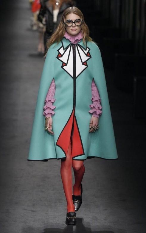 Những chiếc kính mắt bản trong trong thiết kế của Gucci
