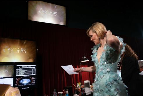 Cate Blanchett đang chuẩn bị cho phần xuất hiện của mình.