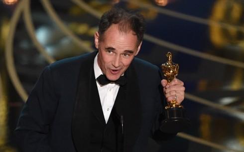 Leonardo DiCaprio thắng giải Oscar 2016 - ELLE Việt Nam