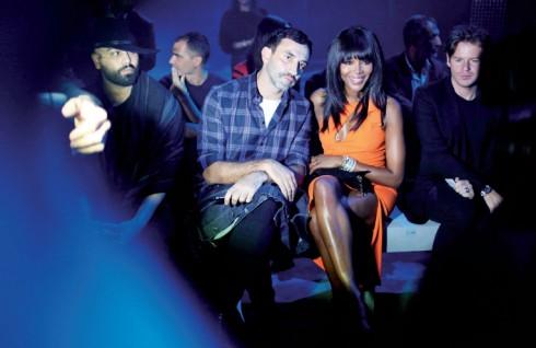 NTK Ricardo Tisci, Naomi Campbell và NTK Christopher Kane tại show Prada