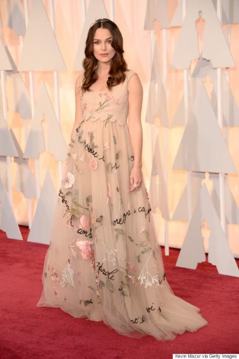 Keira Knightly nổi bật trong mẫu thiết kế của Valentino tại lễ trao giải Oscar lần thứ 87