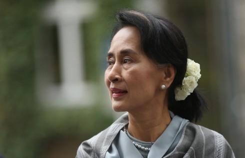 AUNG SAN SUU KYI: Bà là chân dung biểu tượng dân chủ toàn cầu khi đấu tranh chống lại chủ nghĩa độc tài ở Myanmar.<br/>&lt;&gt; on April 11, 2014 in Berlin, Germany.