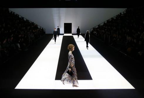 Sàn diễn của Giorgio Armani tại Tuần lễ thời trang Milan Thu-Đông 2016/17