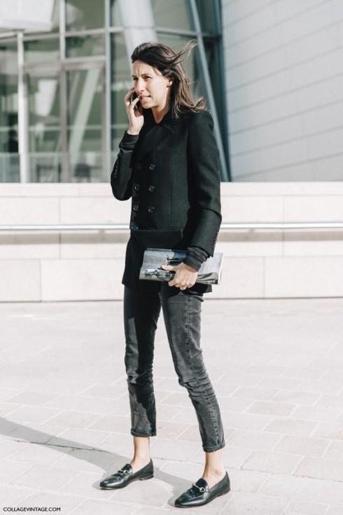 Tùy vào phom dáng và màu sắc, bạn toàn quyền lựa chọn phong cách thời trang cho mình với bộ đôi áo blazer và quần jeans.