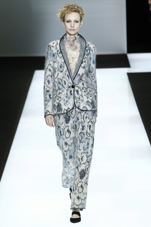 Mẫu suits của Giorgio Armani