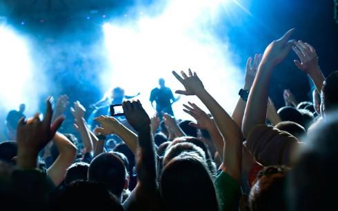 Trong một số trường hợp, âm nhạc ồn ào cũng giúp chúng ta xả stress