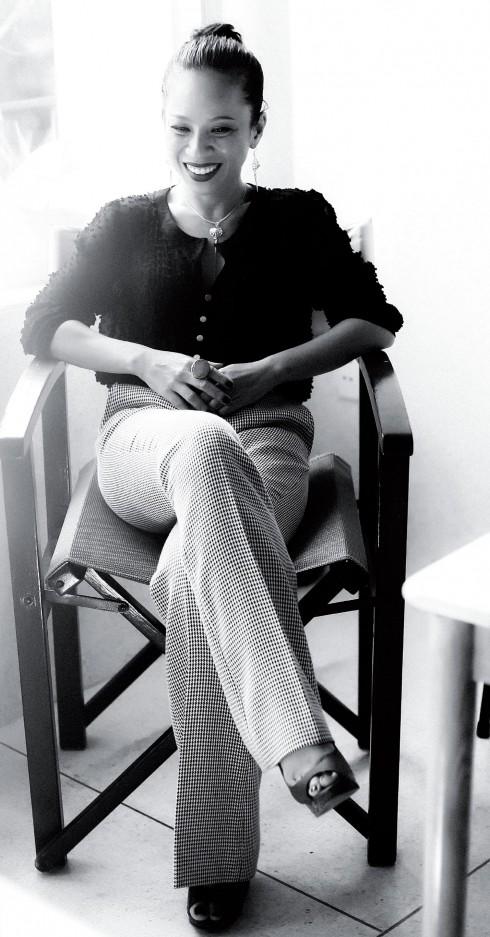 Nhà thiết kế thời trang Jennifer Đỗ: Ganh tị để... khác biệt - ELLE.VN