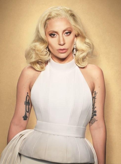 Lady Gaga khoe hinh xam moi co vu nhung nan nhan bi xam hai tinh duc – ellevn - 03