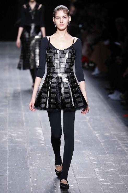 Chiếc áo leotard quen thuộc của diễn viên múa ballet.