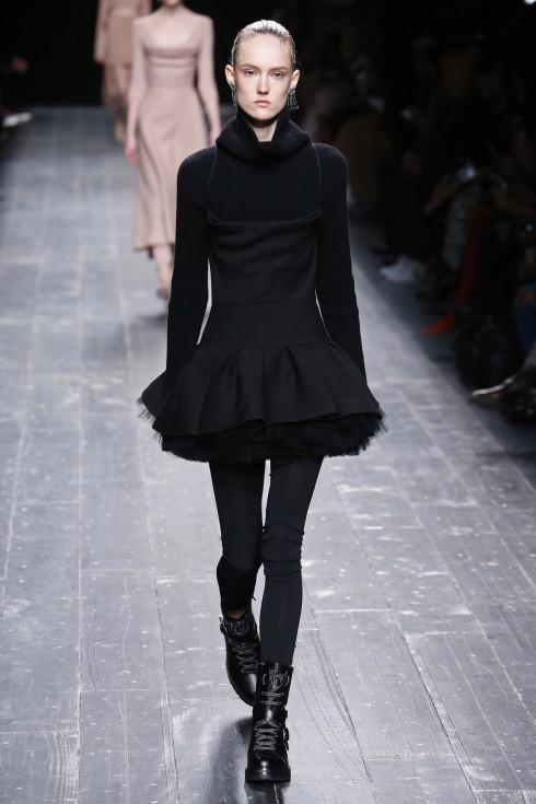 Một thiết kế váy tutu khác của Valentino