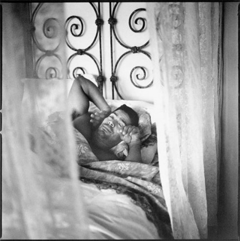 Ảnh trắng đen: Buổi sáng của các quý ông nổi tiếng - ELLE.VN
