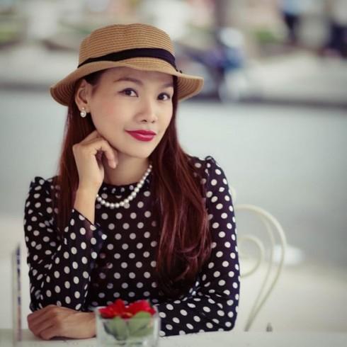 Cô BTV xinh đẹp Ngô Như Quỳnh đã có lựa chọn táo bạo trở thành tài xế.