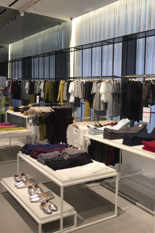 Khai trương cửa hàng thời trang Mango Mega Store 3