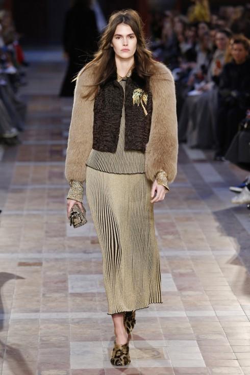 Chân váy ánh kim của Sonia Rykiel