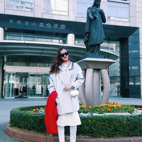 Hương Ly đại diện Việt Nam trình diễn tại show thời trang Nhật Bản