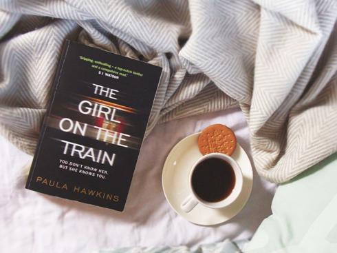 The Girl on The Train là cuốn sách bán chạy nhất New York