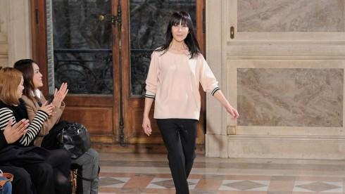 Nhà thiết kế Bouchra Jarra tại buổi trình diễn của thương hiệu riêng
