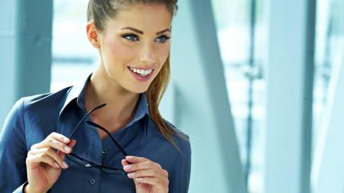 Hoàn thiện bản thân giúp phụ nữ sống lạc quan hơn