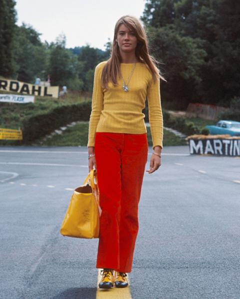 Biểu tượng thời trang đường phố thập niên 60: Francoise Hardy - ELLE.VN