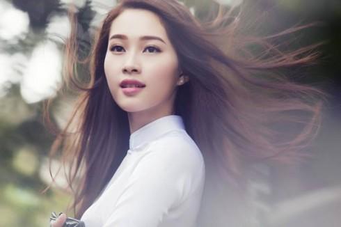 Phụ nữ Việt Nam thời hiện đại elle vietnam