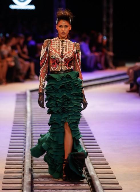 Tuần lễ Thời trang ELLE Thailand Xuân-Hè 2016