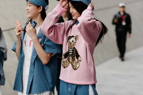 Học cách phối đồ qua tuần lễ thời trang Seoul - elle Vietnam 09