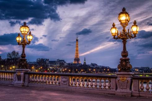 Ngắm hoàng hôn Paris