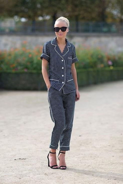 5 bí quyết mặc đẹp khi diện trang phục pyjama xuống phố elle vietnam 09