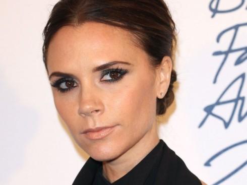 Victoria Beckham tròn 42 tuổi vào ngày 17 tháng 4 tới