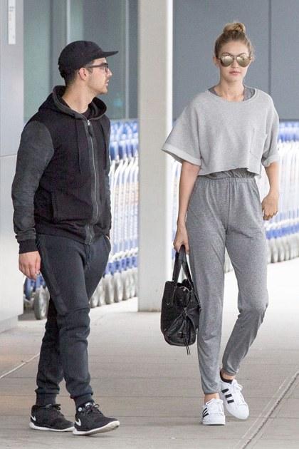 Bộ sưu tập giày giấu đế nữ nữ của người mẫu Gigi Hadi13d