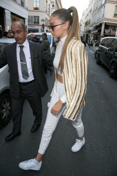 Bộ sưu tập giày giấu đế nữ nữ của người mẫu Gigi Hadi16d
