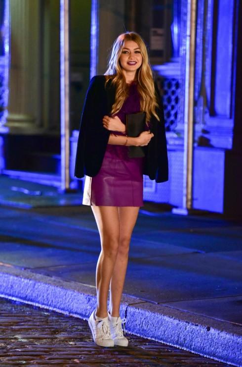 Bộ sưu tập giày giấu đế nữ nữ của người mẫu Gigi Hadi18d