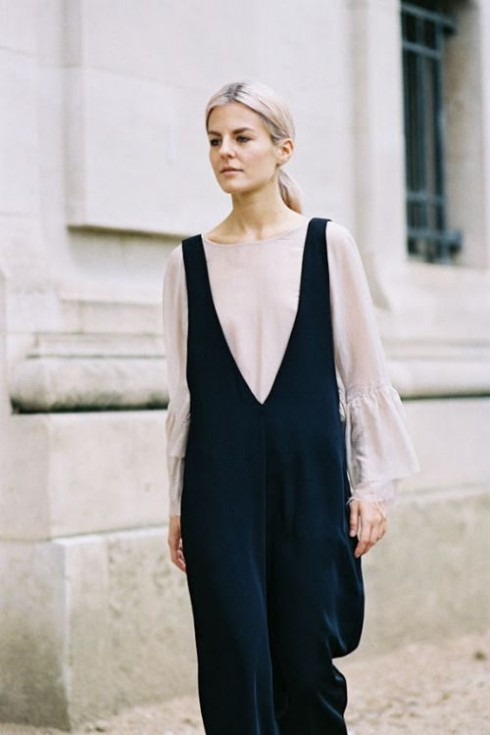 Bạn nên chọn kiểu đầm vừa có tính thực tế, vừa phù hợp với vóc dáng.