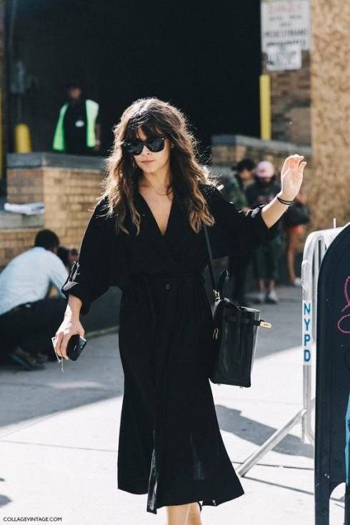 Đầm đen phù hợp với mọi vóc dáng và mọi chiều cao, cũng như mọi màu da, độ tuổi.