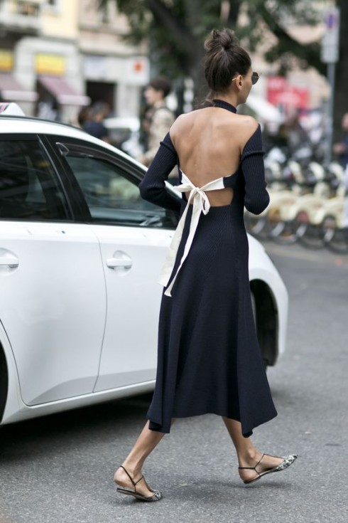 Chi tiết phá cách của chiếc đầm rất nhiều khả năng trở thành điểm nhấn đắt giá cho vẻ ngoài của người mặc.