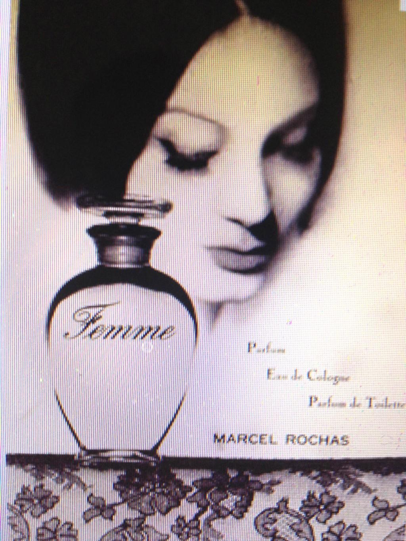 Femme Rochas và cảm hứng thời chiến