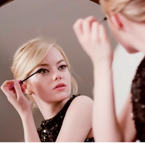 Bí mật của diễn viên Emma Stone - ELLE.VN