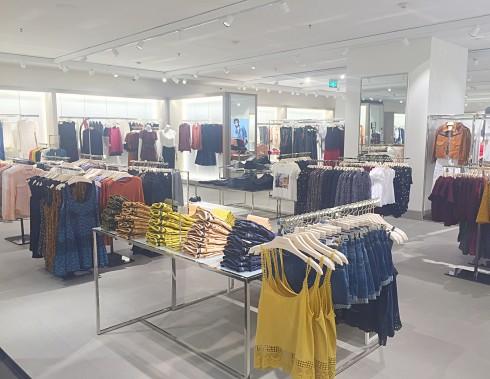 Mango Mega Store khai trương cửa hàng đầu tiên ở TPHCM 06