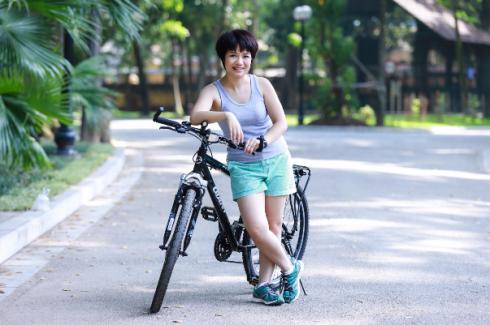 Chị Hạnh đã tự tập được thói quen mới là tập thể dục đều đặn 30 phút và vận động nhẹ 2 tiếng mỗi ngày