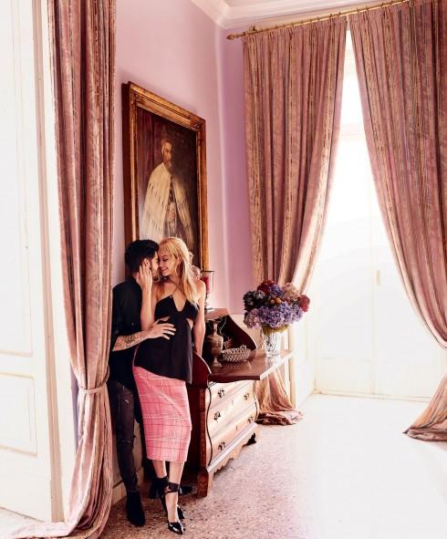 Cặp đôi thể hiện nhiều cung bậc hạnh phúc trong bộ ảnh